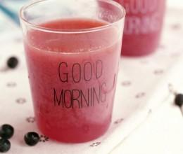 蓝莓雪梨汁