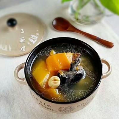 乌鸡木瓜莲子汤