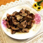 猪肉焖莲藕