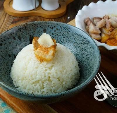 电饭锅五花肉焖饭