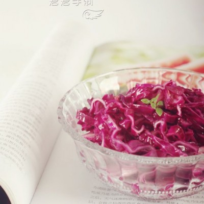炝拌紫甘蓝