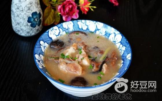 榛蘑黑猪骨头汤