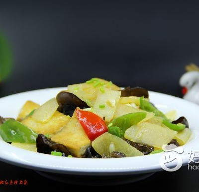地瓜片炒豆腐