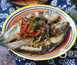 紫苏砂锅鲫鱼蒸