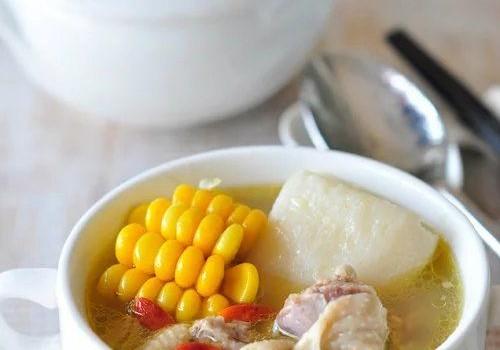 山药玉米炖鸡汤
