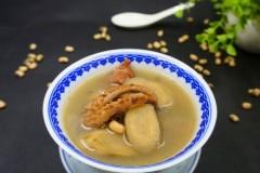鱿鱼干牛蒡汤