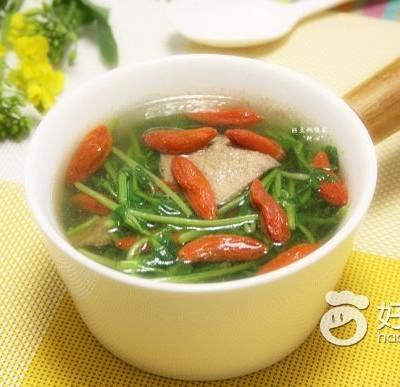 豆苗枸杞滚猪肝汤