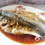 黄酒蒸鲈鱼