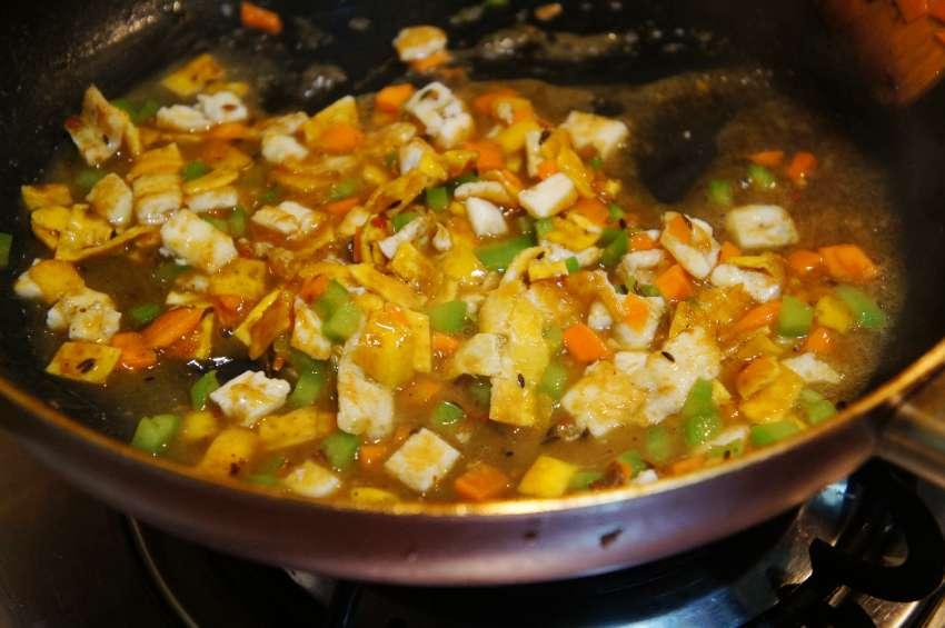 臭味也掩盖不了的诱惑 城市厨房第三期联袂黑色经典陷入臭豆腐的迷香