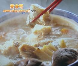 菜谱:鸡肉山药火锅的做法