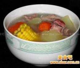 秋季养生 木瓜玉米瘦肉汤