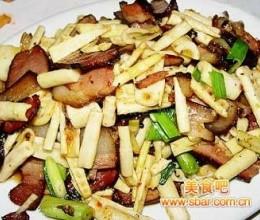 湖南特色菜:冬笋炒腊肉