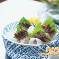 下火潤燥 粉葛葛菜煲鯽魚