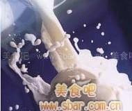 高血压患者多喝脱脂牛奶