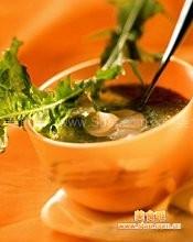 金针菜红枣鸡汤