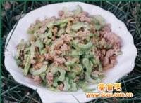 熏肉炒高丽菜的做法