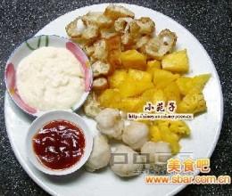 鲜果SHOW:菠萝油条沙律