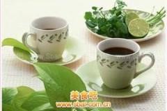 喝1瓶绿茶=吃9茶匙砂糖