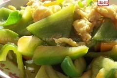 柿子椒炒鸡蛋的做法