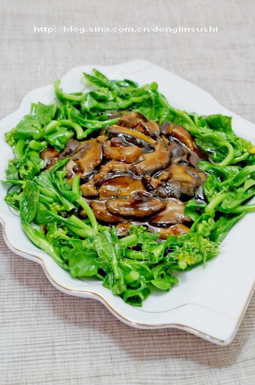 鲜香菇炒油菜的做法