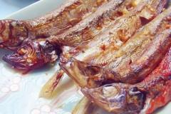 烤多春鱼的做法