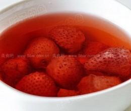 草莓蜂蜜水的做法