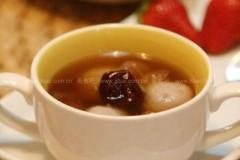 桂圆红枣芋圆汤