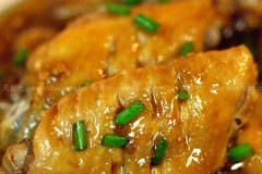 豆瓣酱蒸鸡翅的做法