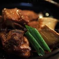 蚝油烤排骨粒