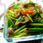 酸辣蒜苔鸡胗的做法