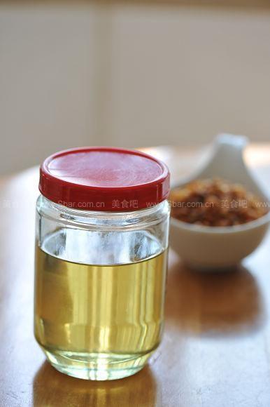 炸红葱头和葱油的做法