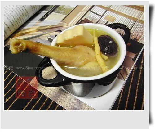 清淡开胃的老母鸡汤
