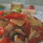泡椒炒肉片(泡椒酸萝卜炒肉片)