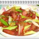 香蒜炒腊肉(蒜苗炒腊肉)