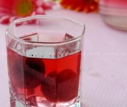 胭脂杨梅酒的做法