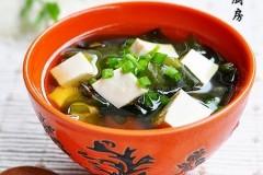 海带嫩芽味噌汤的做法