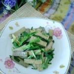 韭菜炒黑豆干(適合春天吃的一道既經濟又養生的菜)