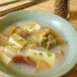 咸肉河蚌豆腐汤的做法