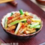 五花肉青蒜炒豆干(荤素搭配)