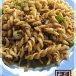 杂蔬肉酱炒螺丝粉(早餐食谱)