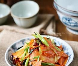 炝炒胡萝卜片