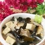 海带冻豆腐汤(减肥食谱-排毒减肥事半功倍)
