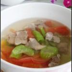 番茄丝瓜肉片汤(10分钟可以搞定一道开胃清热祛暑汤)