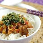 茄红鸡丁茄丁面(早餐食谱-茄子最夏天的吃法)