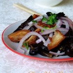 洋葱木耳拌花肉(花肉夏季最清爽的吃法)