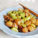 丝瓜炒油条(素菜)