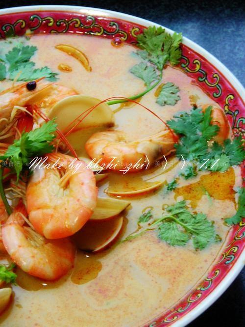 泰式酸辣虾汤