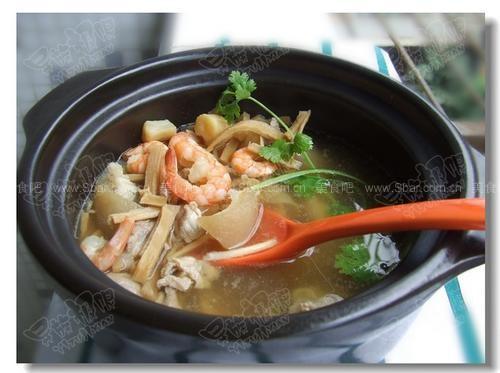 笋丝海鲜汤的做法【图解】_笋丝海鲜汤的家常做法_笋