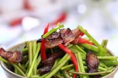 芦蒿炒腊肉