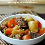 土豆烧牛肉(荤菜)